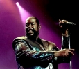 barry white image2