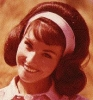 lori saunders photo1